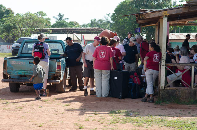 The volunteers preparing supplies in Puerto Lempira for transport to the field sites